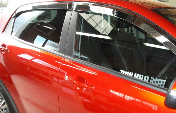 Korando DOOR VISORS CHROME