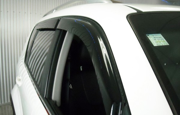 Rexton W Door Weather Shields